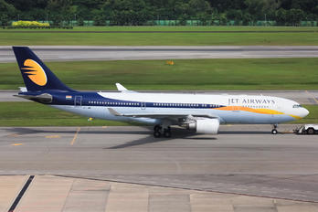 VT-JWH - Jet Airways Airbus A330-200