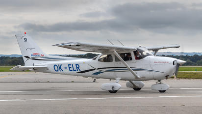 OK-ELR - Elmontex Air Cessna 172 Skyhawk (all models except RG)