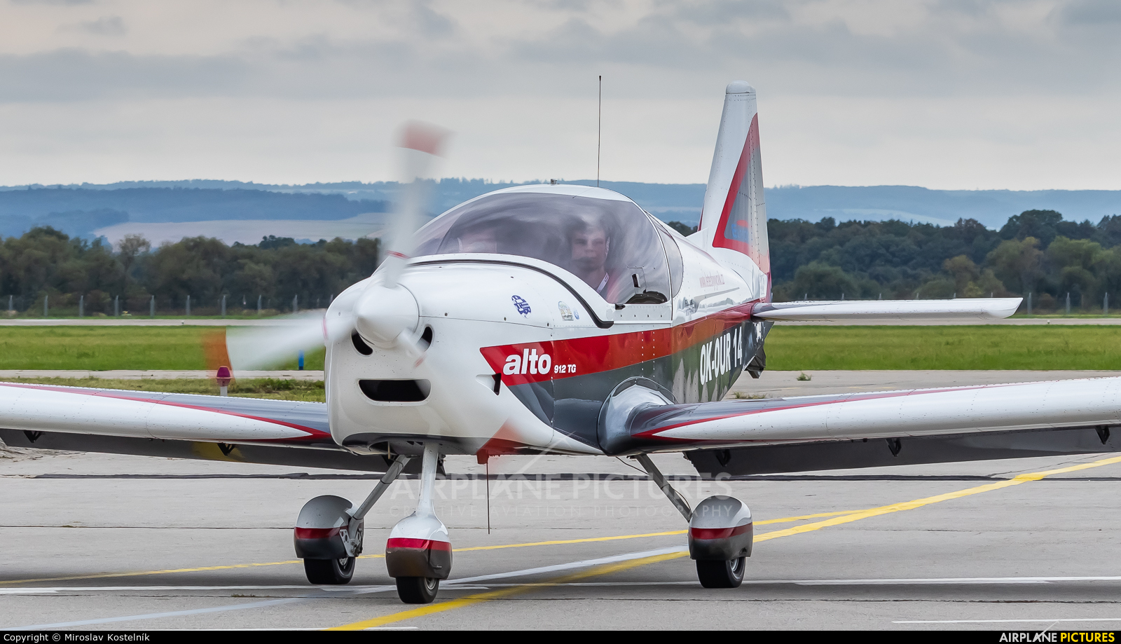 Elmontex Air OK-OUR14 aircraft at Ostrava Mošnov
