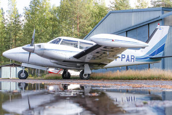 OH-PAR - Private Piper PA-30 Twin Comanche