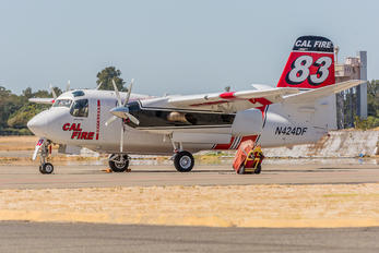 N424DF - California - Dept. of Forestry & Fire Protection Grumman S-2T Turbo Tracker