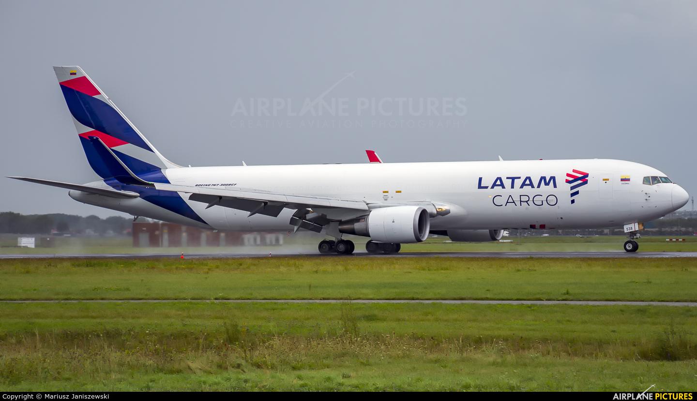 LATAM Cargo N538LA aircraft at Amsterdam - Schiphol