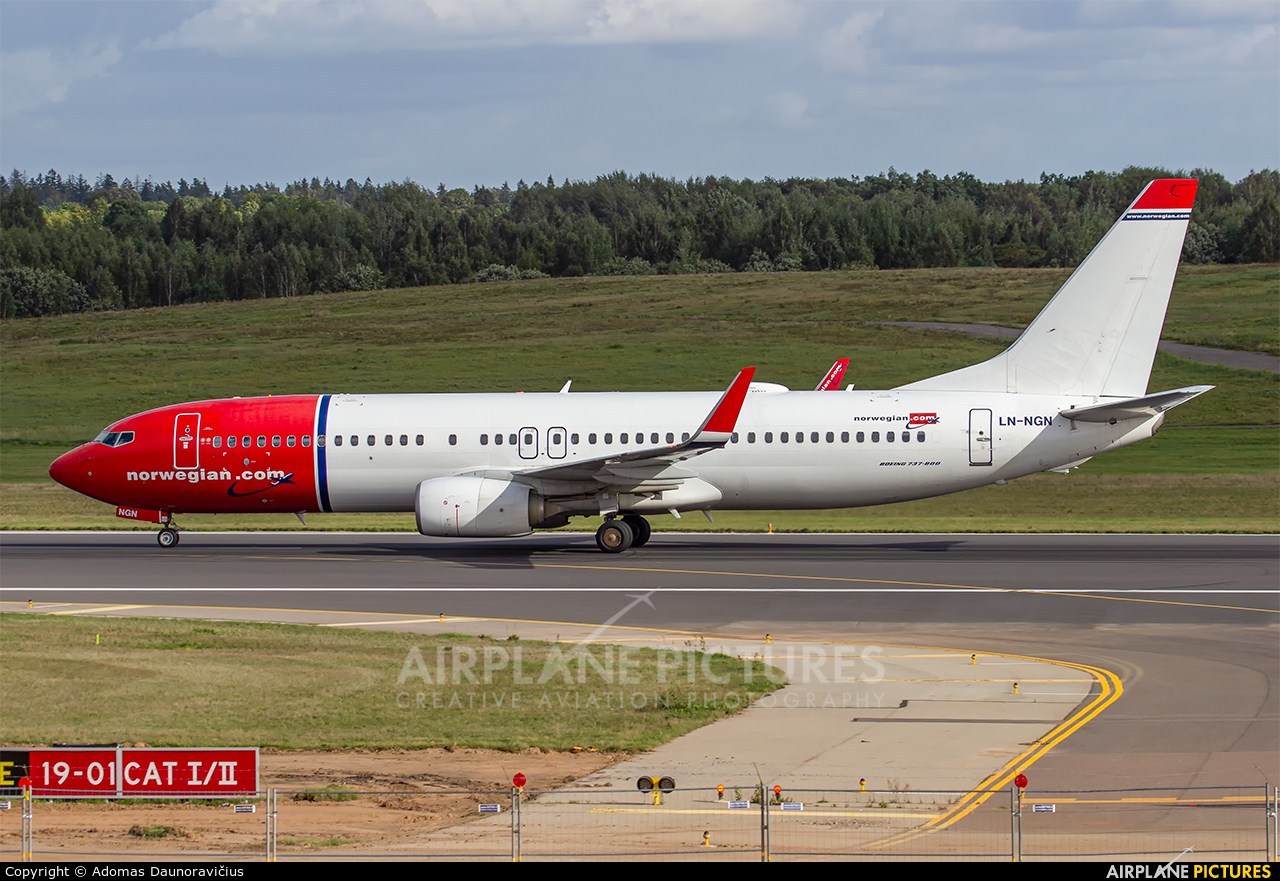 Norwegian Air Shuttle LN-NGN aircraft at Vilnius Intl