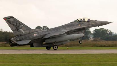 15136 - Portugal - Air Force General Dynamics F-16AM Fighting Falcon