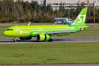 VP-BTB - S7 Airlines Airbus A320 NEO