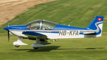 HB-KFA - Private Robin HR.200 series
