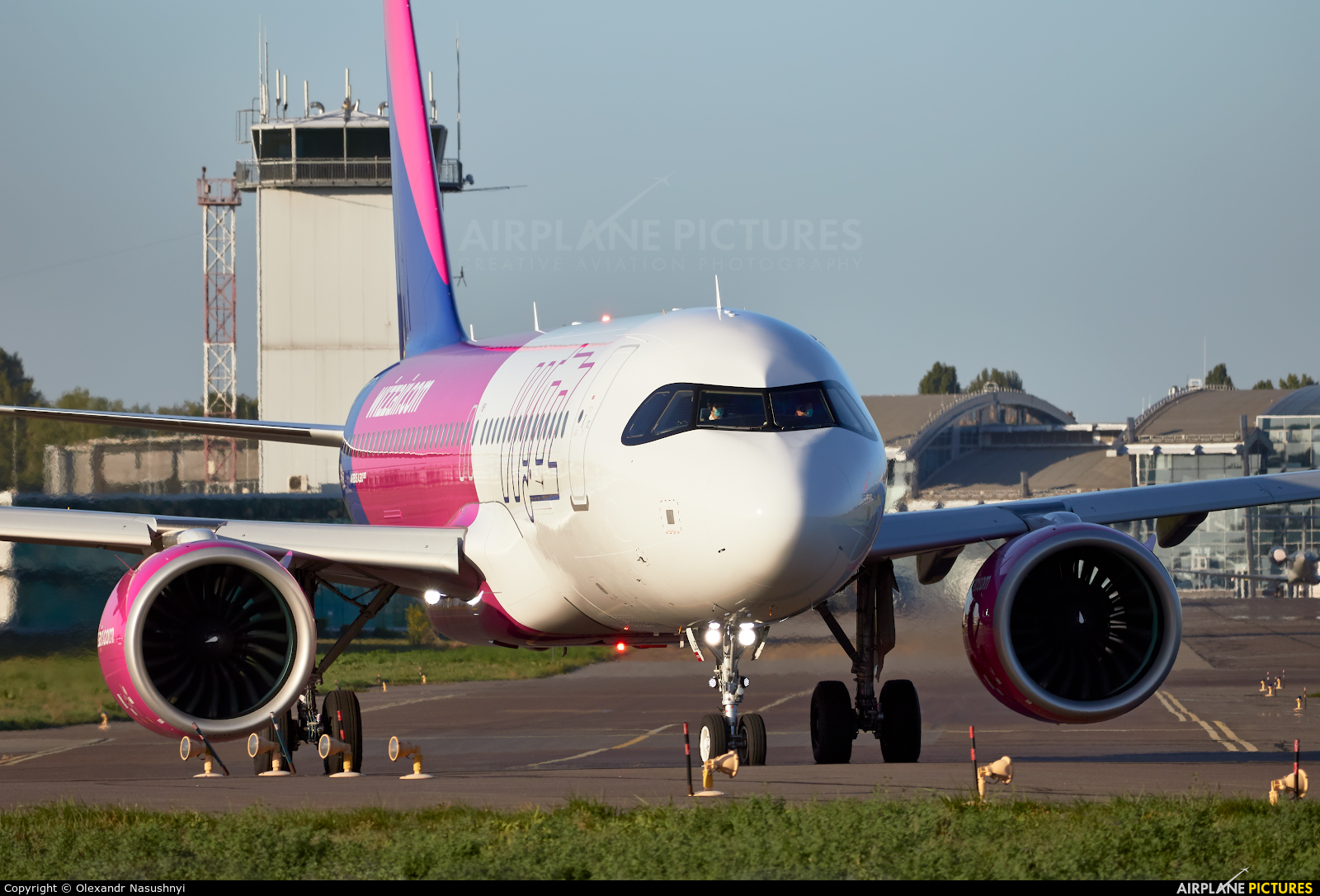 Wizz Air HA-LJE aircraft at Kyiv - Zhulyany