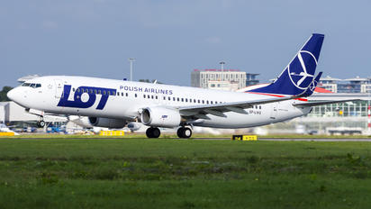 SP-LWG - LOT - Polish Airlines Boeing 737-800