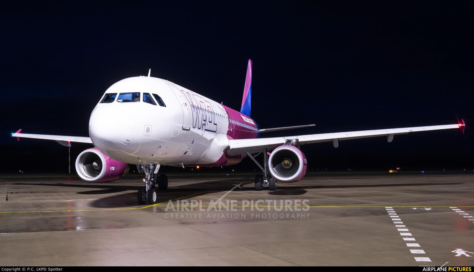 Wizz Air HA-LYU aircraft at Pardubice