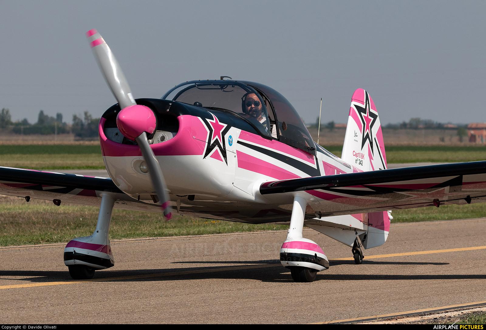 Private I-IZAI aircraft at Ozzano dell