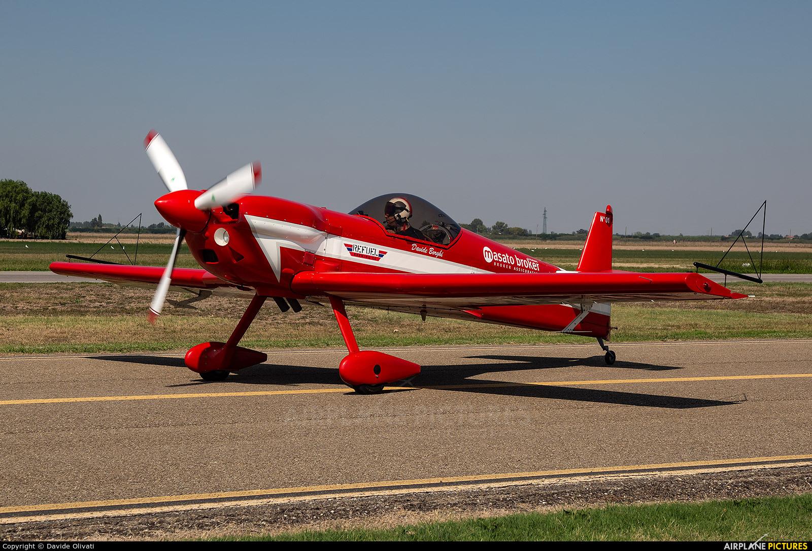 Private I-SELG aircraft at Ozzano dell