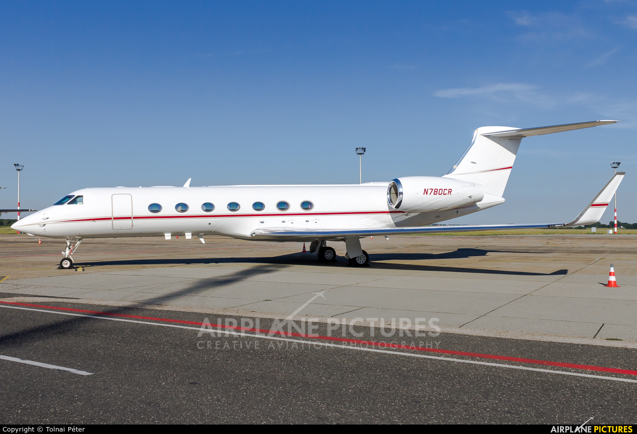 Private N780CR aircraft at Budapest Ferenc Liszt International Airport