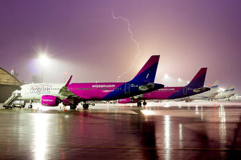 HA-LJD - Wizz Air Airbus A320 NEO