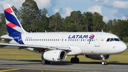 CC-CPE - LATAM Airbus A319