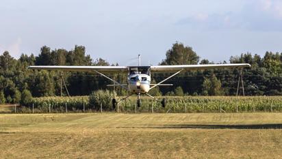 SP-FLB - Private Cessna 150