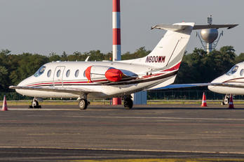 N600WM - Private Raytheon Hawker 400XP