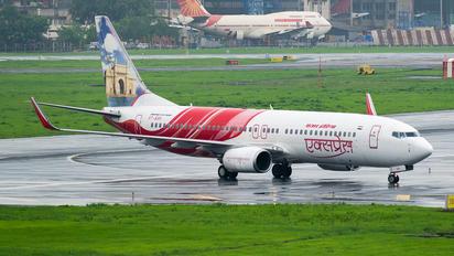 VT-AXH - Air India Express Boeing 737-800