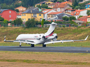 N142QS - Netjets (USA) Bombardier BD-700 Global 6000