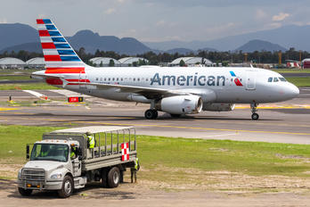 N807AW - American Airlines Airbus A319