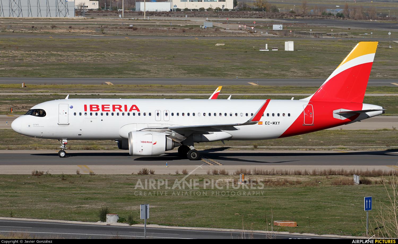Iberia EC-MXY aircraft at Madrid - Barajas