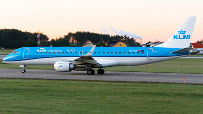 PH-EXF - KLM Cityhopper Embraer ERJ-190 (190-100)