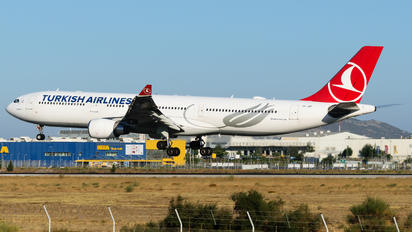 TC-JOF - Turkish Airlines Airbus A330-300