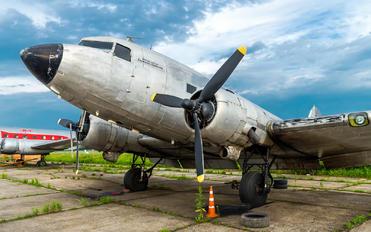 - - Private Douglas DC-3