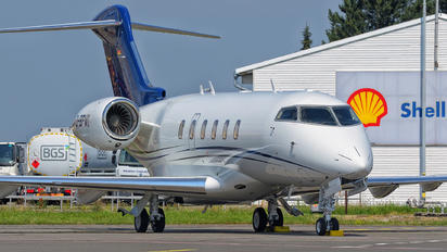 D-BPMI - Private Bombardier BD-100 Challenger 350 series