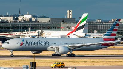 N723AN - American Airlines Boeing 777-300ER