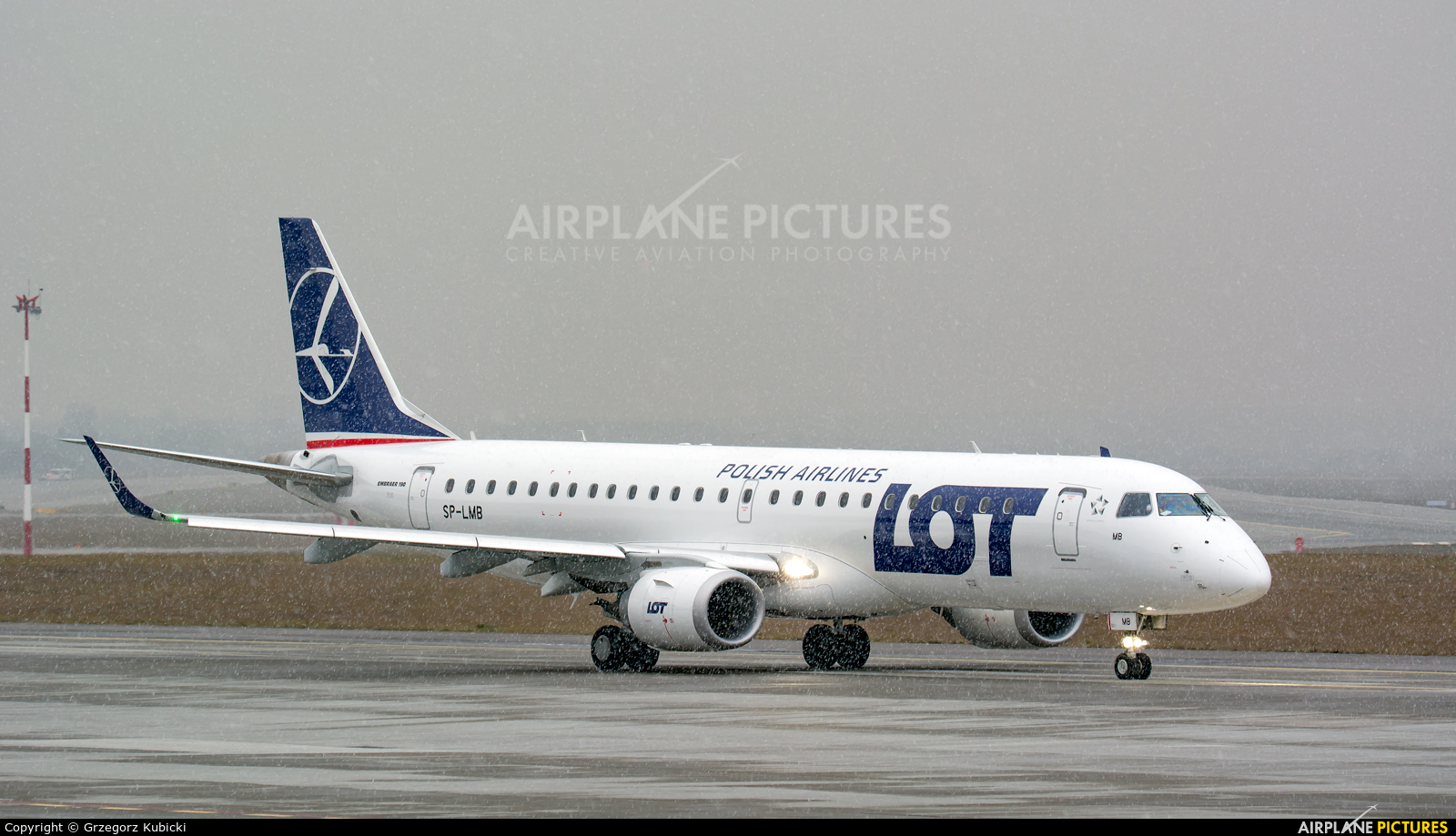 LOT - Polish Airlines SP-LMB aircraft at Katowice - Pyrzowice