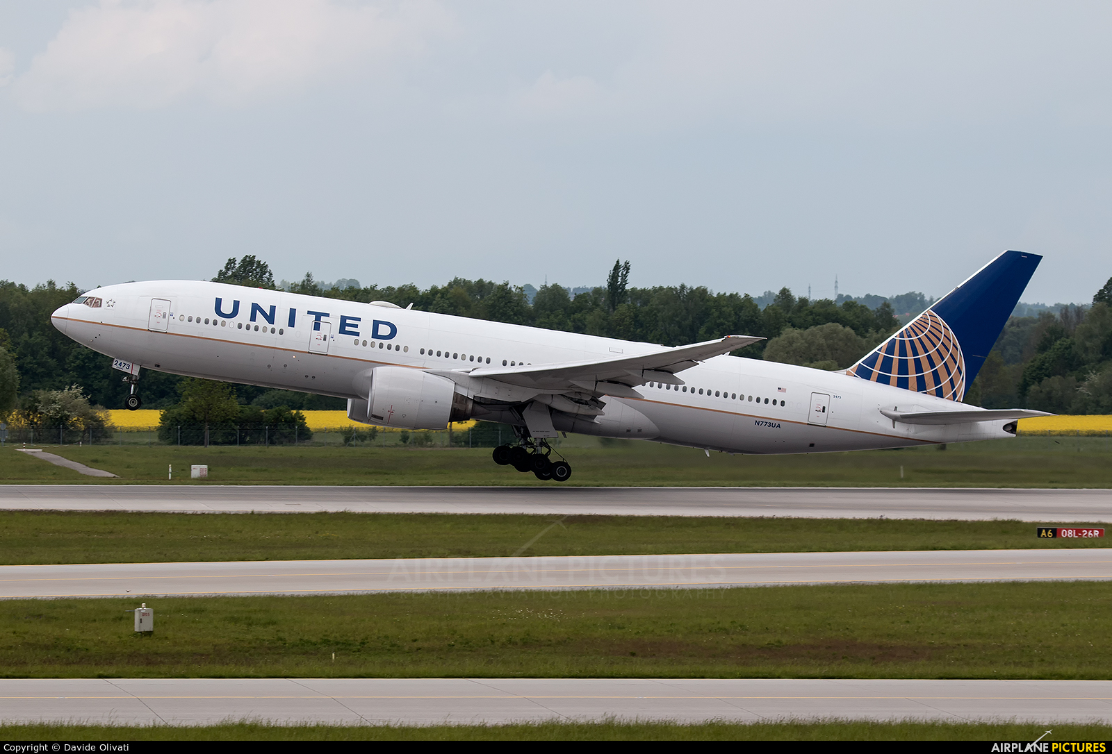 United Airlines N773UA aircraft at Munich