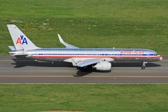 N197AA - American Airlines Boeing 757-200