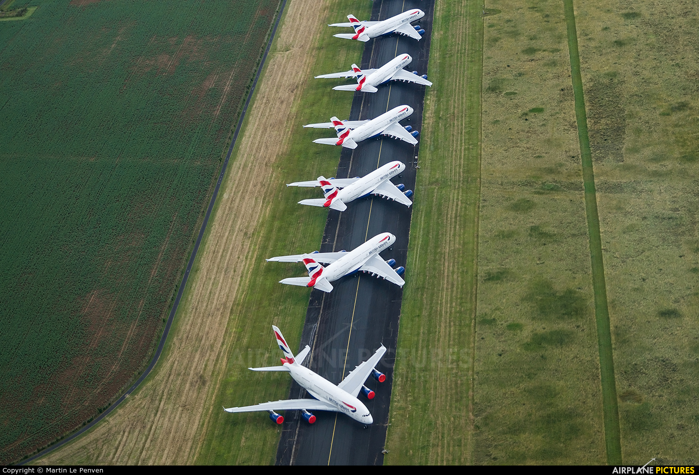 - Airport Overview - aircraft at Chateauroux - Deols (Marcel Dassault)