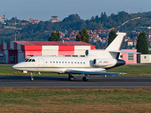 HB-JSU - Private Dassault Falcon 900 series