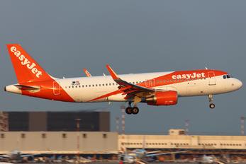 OE-IZF - easyJet Europe Airbus A320