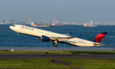 N402DX - Delta Air Lines Airbus A330-900