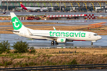 F-GZHV - Transavia Boeing 737-800