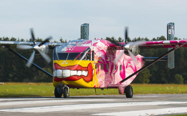 OE-FDN - Pink Aviation Short SC.7 Skyvan