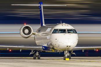 N964CA - Delta Connection - Comair Canadair CL-600 CRJ-100