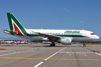 EI-IMU - Alitalia Airbus A319
