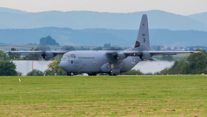 5699 - Norway - Royal Norwegian Air Force Lockheed C-130J Hercules