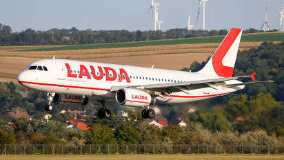 OE-IBJ - LaudaMotion Airbus A320
