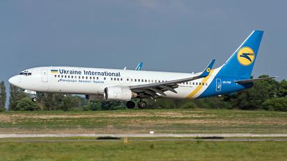 UR-PSP - Ukraine International Airlines Boeing 737-800