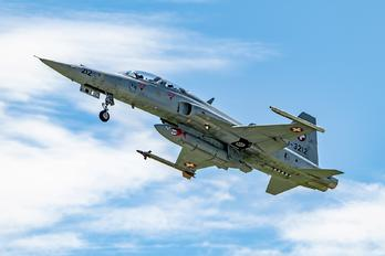 J-3212 - Switzerland - Air Force Northrop F-5F Tiger II
