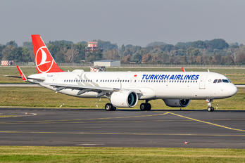 TC-LSU - Turkish Airlines Airbus A321 NEO