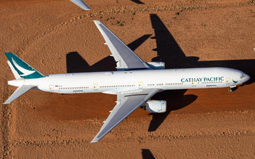 B-HNE - Cathay Pacific Boeing 777-300