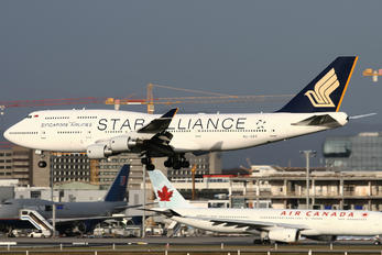 9V-SPP - Singapore Airlines Boeing 747-400