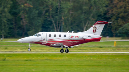 SP-RIO - Private Beechcraft 390 Premier