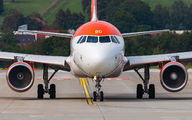 G-EZBO - easyJet Airbus A319 aircraft