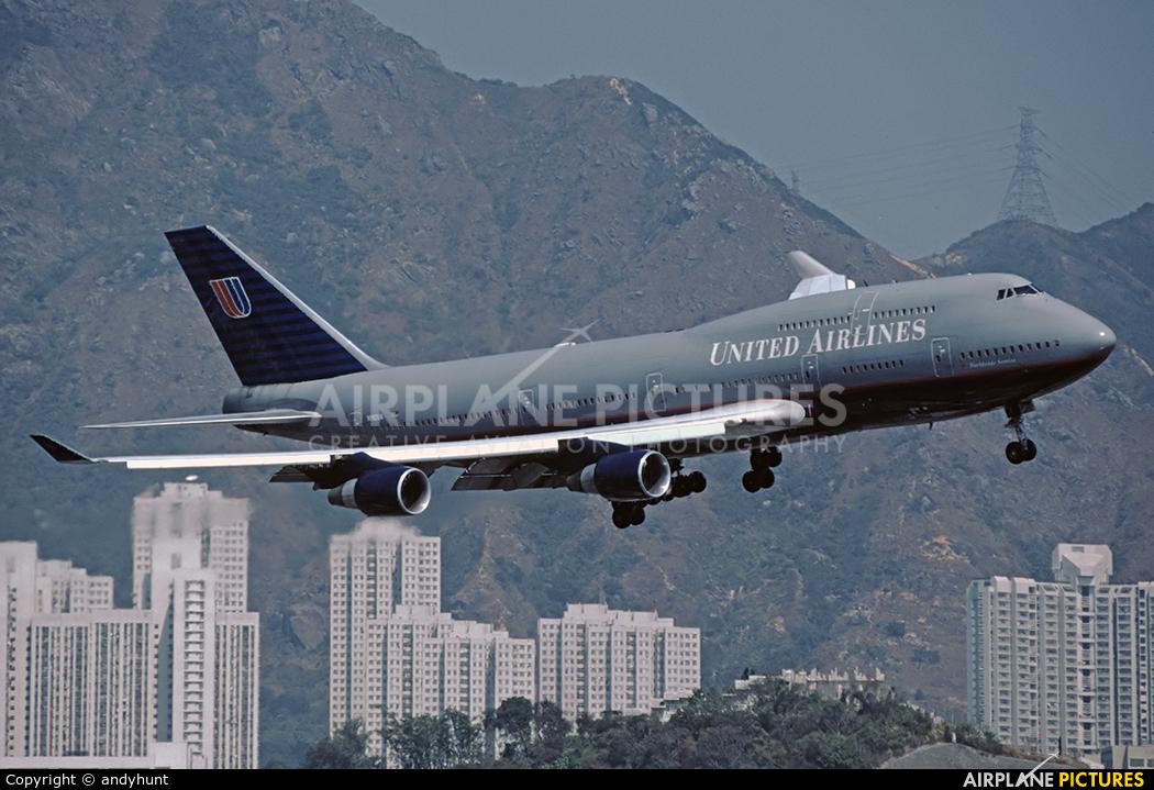 United Airlines N192UA aircraft at HKG - Kai Tak Intl CLOSED
